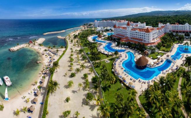 Отель Luxury Bahia Principe Runaway Bay Don Pedro Collection