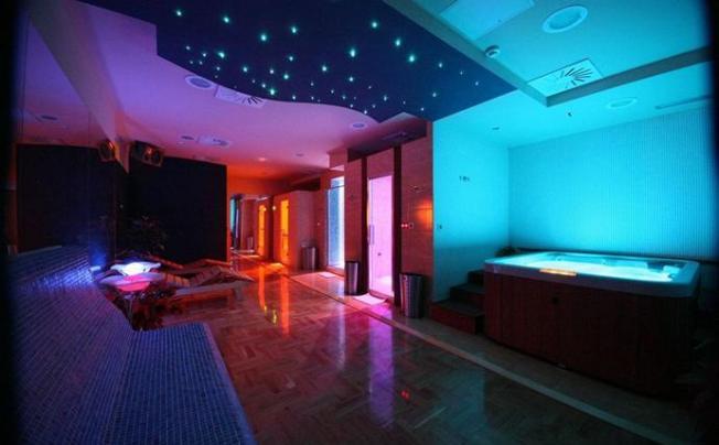 Отель Art Hotel Depadans