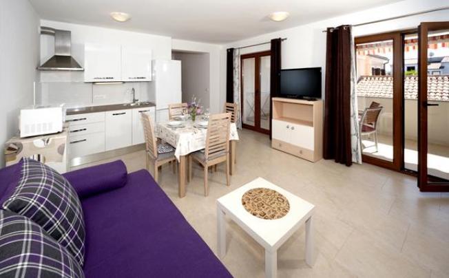 Отель Beakovic Private Apartment