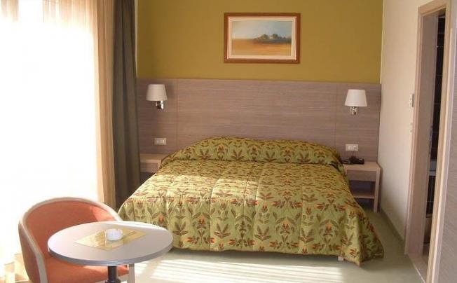 Отель Dalmina Hotel