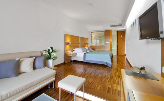 Отель Bluesun Hotel Soline