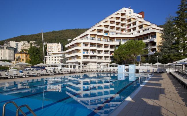 Отель Admiral Remisens Hotel (ех. Admiral Hotel Opatija)
