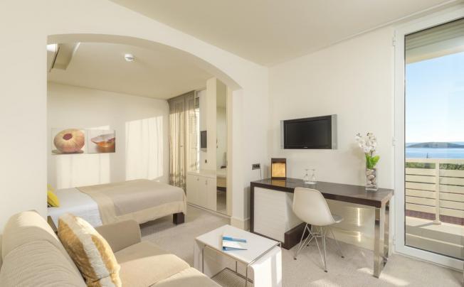 Отель Amfora Hvar Grand Beach Resort
