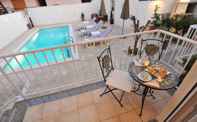Отель Batur Apartments