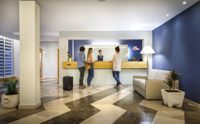 Отель Aminess Lume Hotel (ex. Feral Hotel)