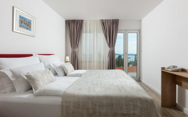 Отель Aparthotel Pharia