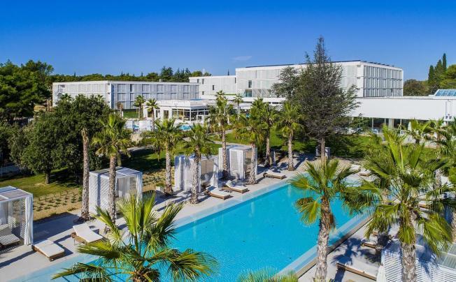 Отель Amadria Park Jure (ex. Solaris Beach Hotel Jure)