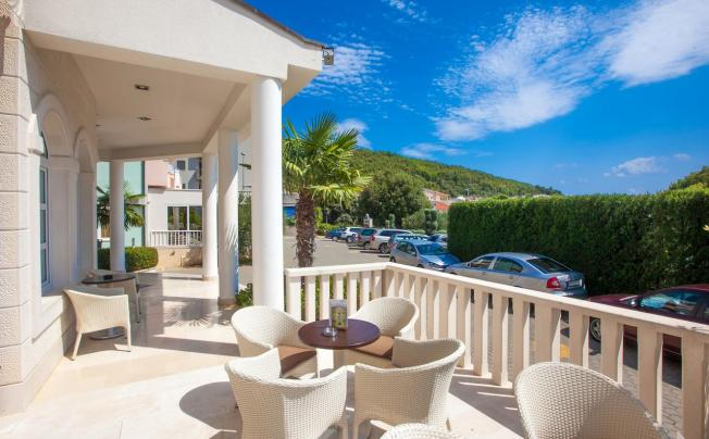 Отель Bella Vista Hotel