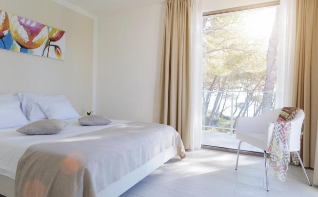 Отель Crvena Luka Apartments & Villas