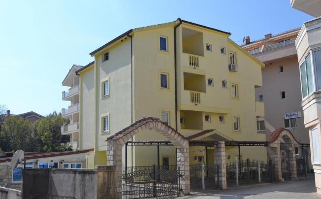 Evropa 1 Apartments
