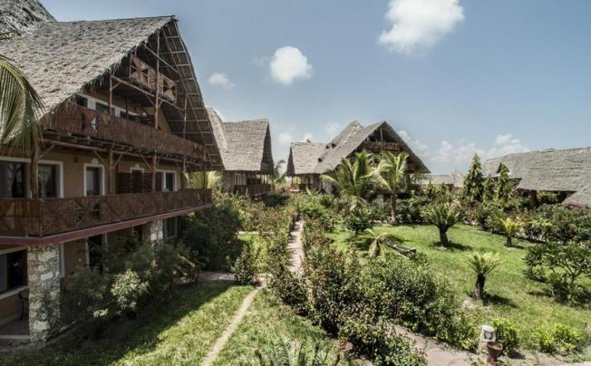 Отель Palumbo Reef Beach Zanzibar