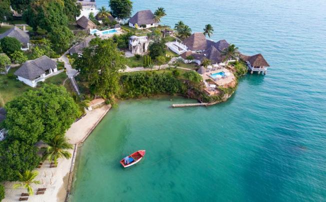 Отель Chuini Zanzibar Beach Lodge (ex. Hakuna Matata Beach Lodge & Spa)