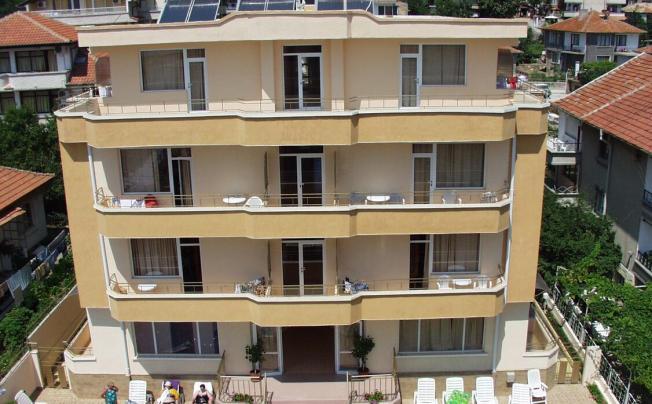 Larisa Hotel