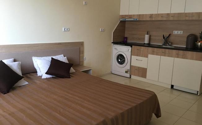 Отель Palace De Luxe  Apartment