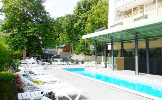 Отель Tsarevets Hotel