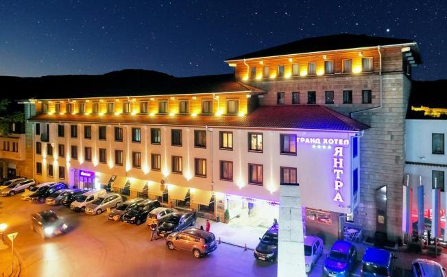 Отель Grand Hotel Yantra