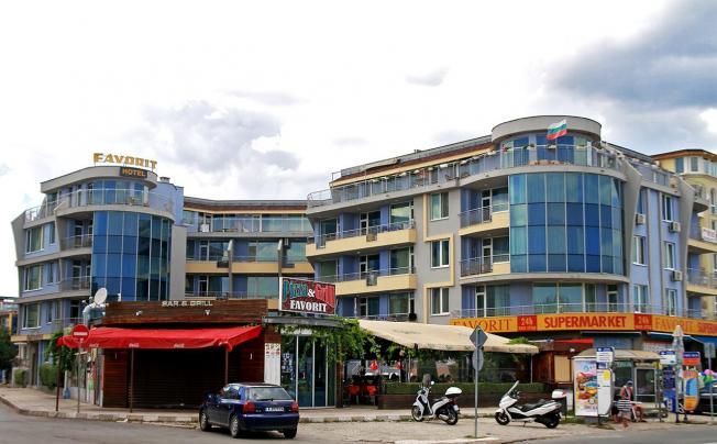 Отель Favorit Aparthotel Sunny Beach