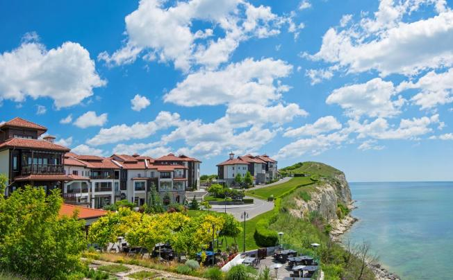 Отель Thracian Cliffs Golf & Beach Resort