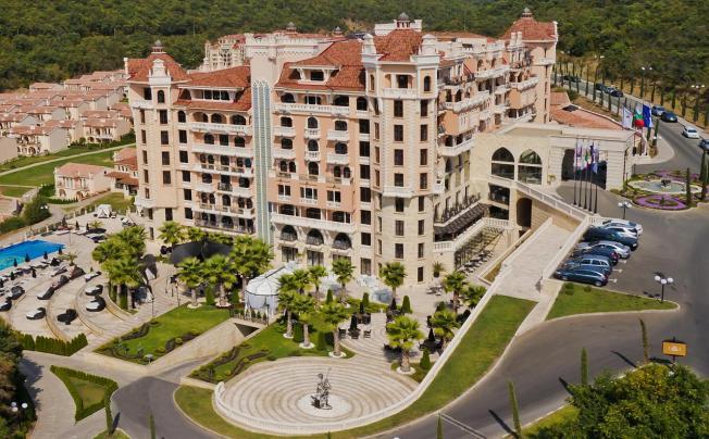 Отель Royal Castle Design & Spa