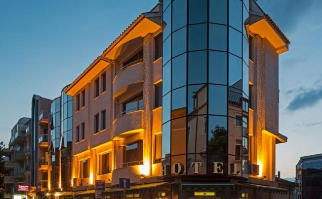 Отель Dafi Hotel Apartment