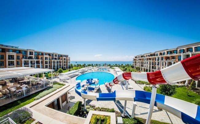 Отель Premier Fort Beach Hotel
