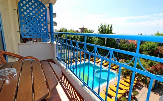 Отель Bora Bora Hotel