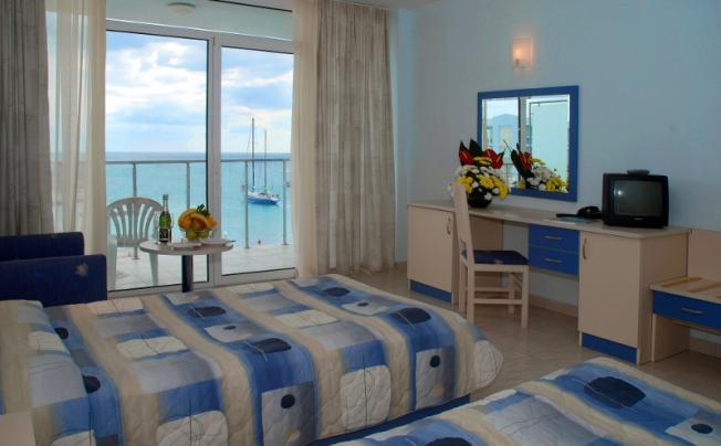 Отель Dolphin Marina Hotel
