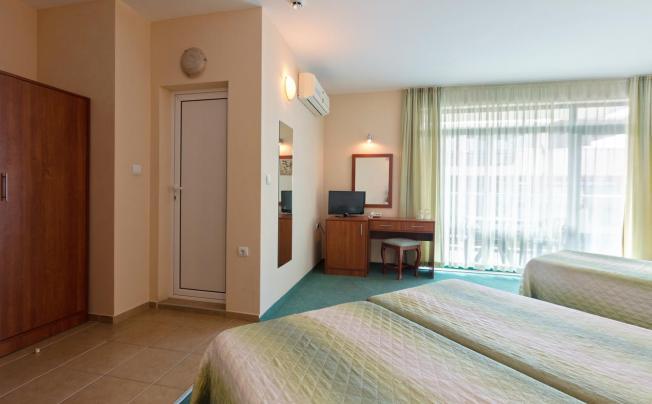 Отель L&b Hotel