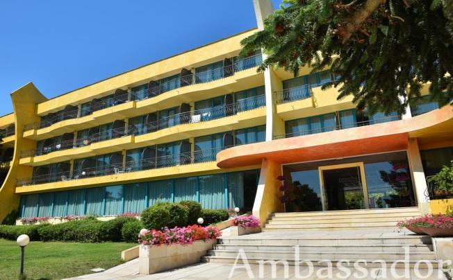 Отель Ambassador Hotel Golden Sands