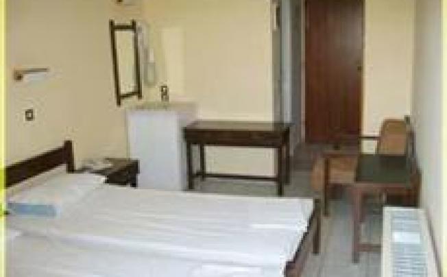 Отель Bousoulas Apartments