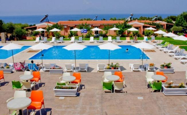 Fournia Village Hotel