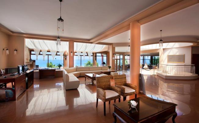 Отель Alia Palace Luxury Hotel & Villas