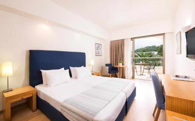 Отель Kassandra Palace Hotel & Spa