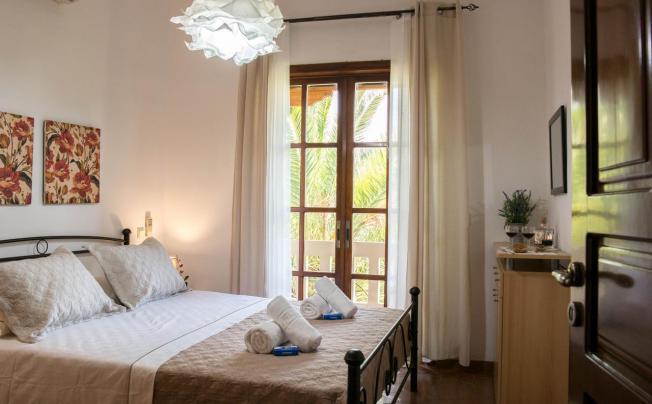 Отель Alexandra Villa Stalos