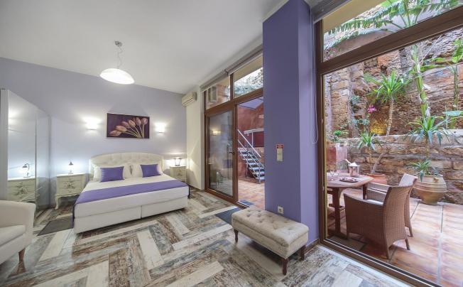 Отель Kasteli Studios & Apartments