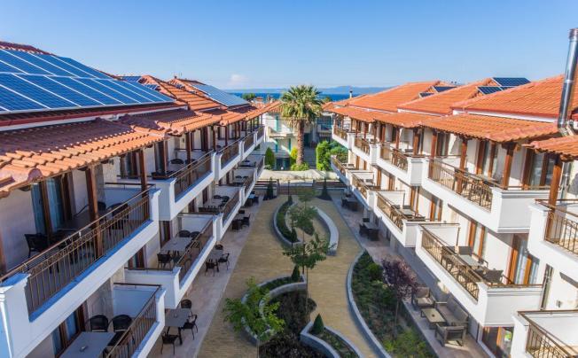 Отель Apanemia By Flegra Hotels