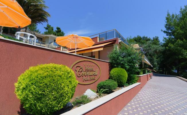 Отель Cronwell Rahoni Park Hotel
