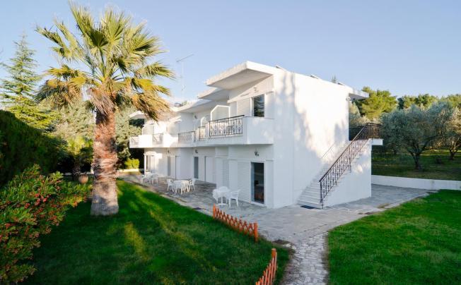 Отель Villa Bianca Studios