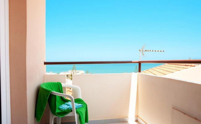 Отель Relax Hotel