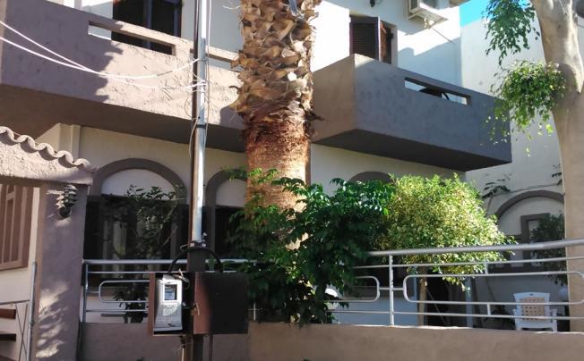 Fotula Apartments (fotoula Studios)