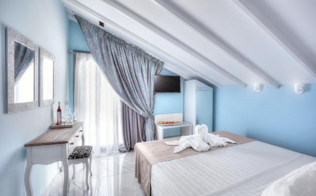 Отель Art Boutique Hotel Pefkochori