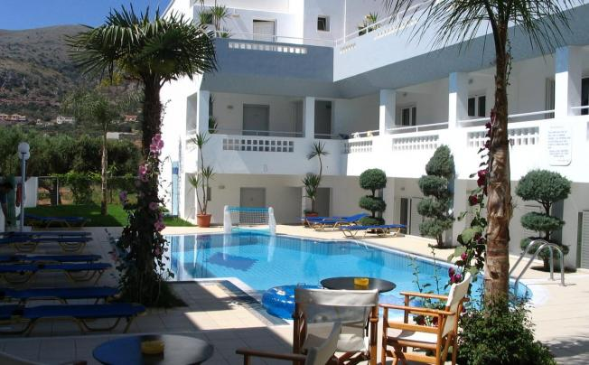 Emerald Apartments & Hotel