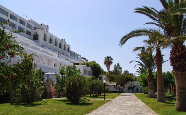 Отель Istron Bay Hotel