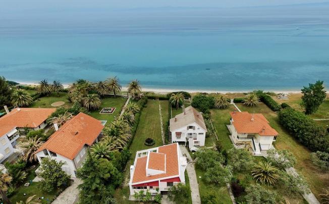 Отель Hestia Beachfront Villas