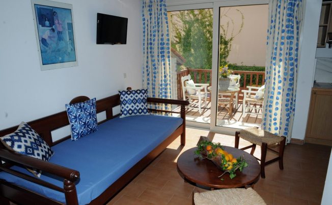 Отель Almiros Sand Apartments