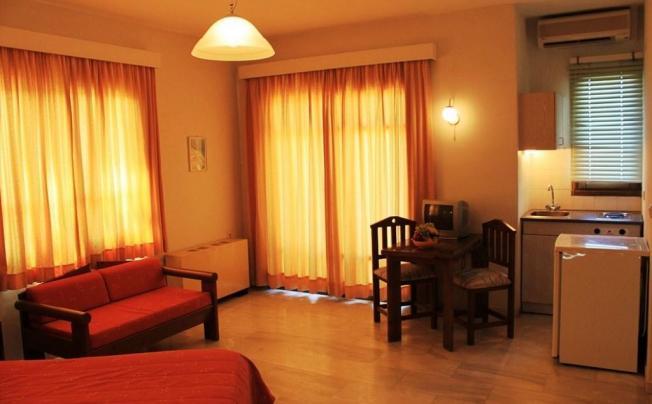 Отель Calypso Hotel Apartments