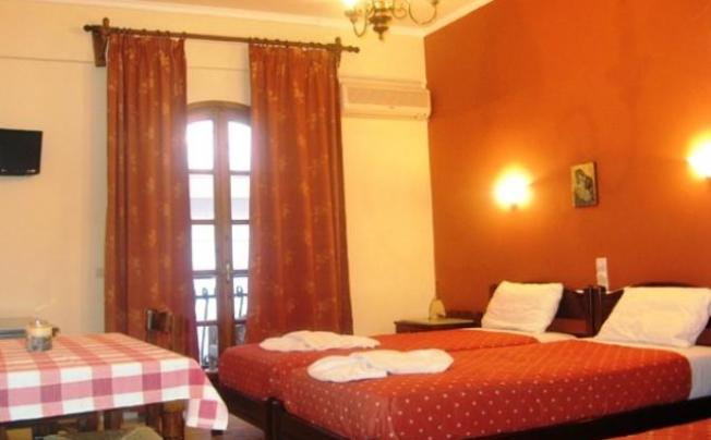 Отель Iro Apartments