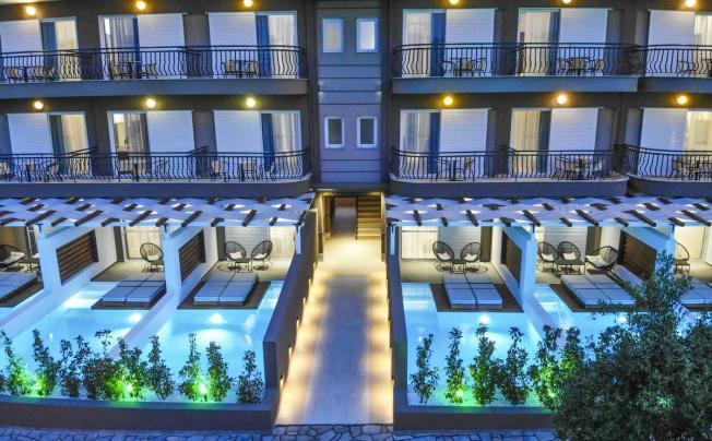 Отель Royal Hotel Polychrono