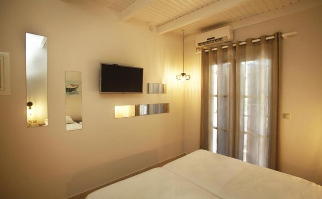 Отель Studios Vasilis