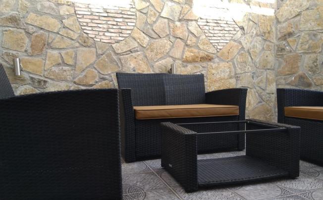 Отель Kavousanos Apartments